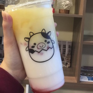 Berry coconut milk tea