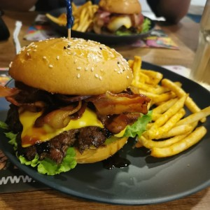 Signature Burgers - Bacon Lovers