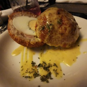 Entradas - Scotch egg