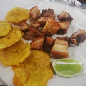 chicharrón estilo dominicano