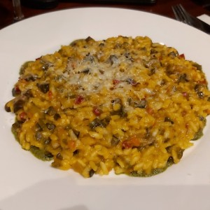 Risotto de calabaza, Brunoise de vegetales y mix de nueces
