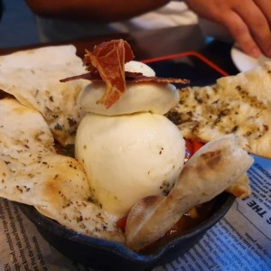 Para Empezar - Burrata is Love