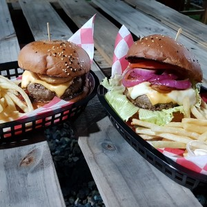 Piggy Burger y la Pork and Beef