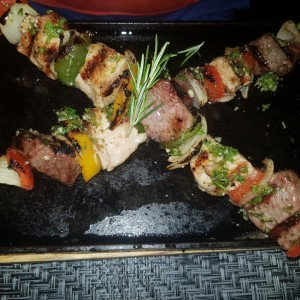 brochetas mixta