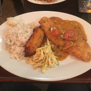 Filete de Corvina con Arroz con Coco