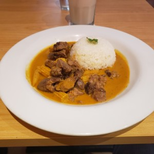 Curry Red de Carne