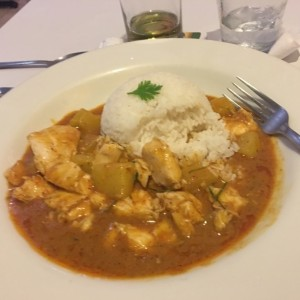 curry de pollo con papas