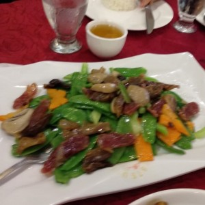 vegetales con salchicha china
