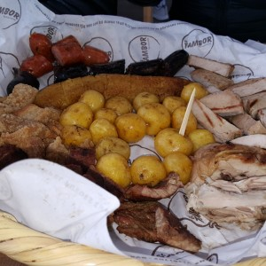 picada familiar (tablazo)