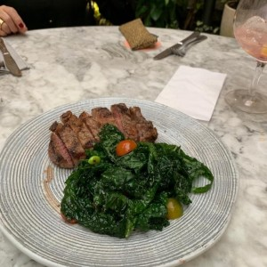 entrecote with kale