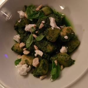 Gnocchi al pesto (food week)