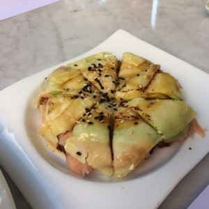Mini pizza de salmon