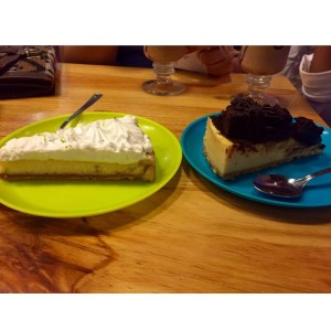Pie de Limon y cheesecake de brownie