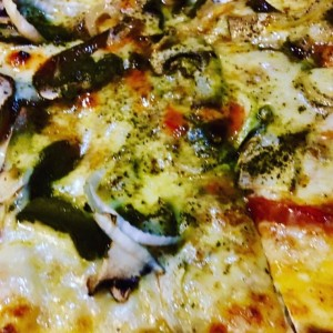 Pizza Vegetariana & Pesto