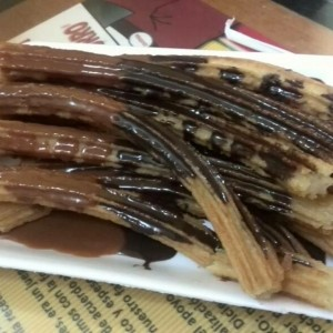 Churros chocolate y Arequipe