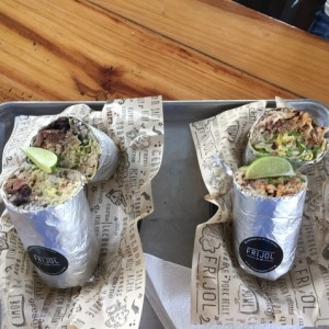 Burritos Mixtos.