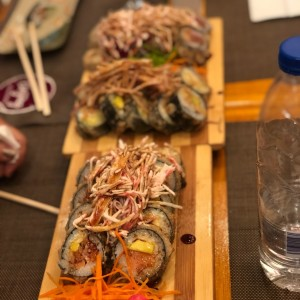 SUSHI ROLLS/MAKIS/PREMIUMS - New York Roll