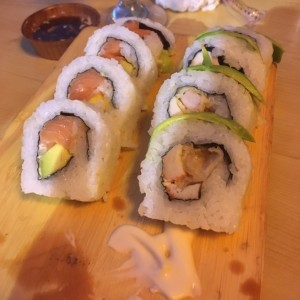 medio alaska y medio dragon roll