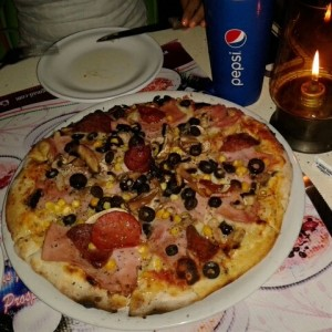 Pizza Lucky
