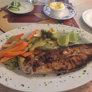 Filete de Carite con Vegetales
