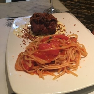 Lomito Sellado con Linguini Fileto