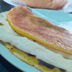 Cachapa doble queso