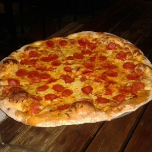 Pepperoni Pizza @Pizza Caracas
