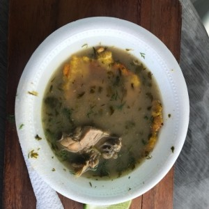 sopa de pollo connpatacon