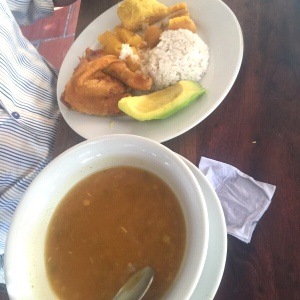 Sancocho gallina